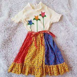 VTG 70's Floral Prairie Dress Growing Girl